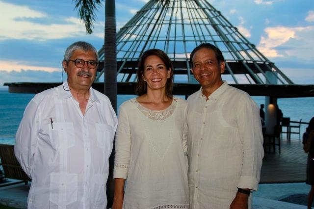 Luis Vicente Elías Pastor, Soraya Méndez y Gabriel Acevedo (800x533)